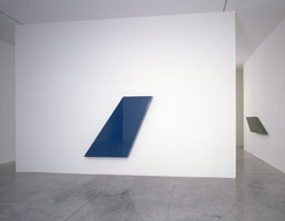 John McCracken installation photography, 1997