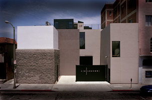 The L.A. Louver facade